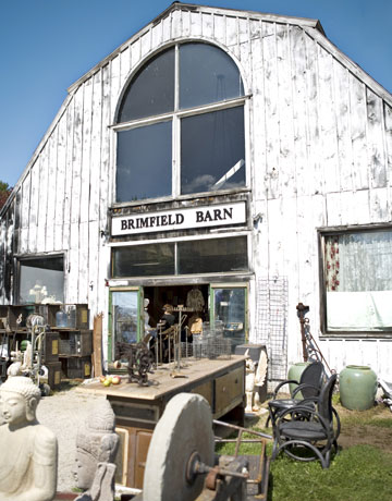 Best-Antique-Shows-Brimfield-0510-de